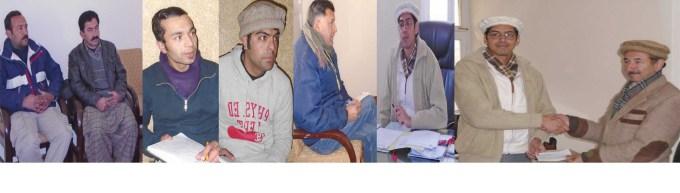 ہنزہ ۔ ڈپٹی کمشنر ہنزہ نگر عمران علی سلطان میڈیا کو بریفنگ دے رہے ہے جبکہ دوسری تصویر میں ناصرآباد کے نمائندے کو چیک دے کر رہے ہیں۔