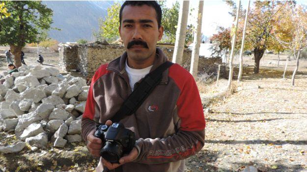 احمد کو برفانی چیتے کی فلم بنانے کا جنون کی حد تک شوق تھا