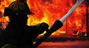 چترال: بونی اڈے میں شارٹ سرکٹ کی وجہ سے آگ لگی,  سپیر پارٹس کیبن جل کر خاکستر