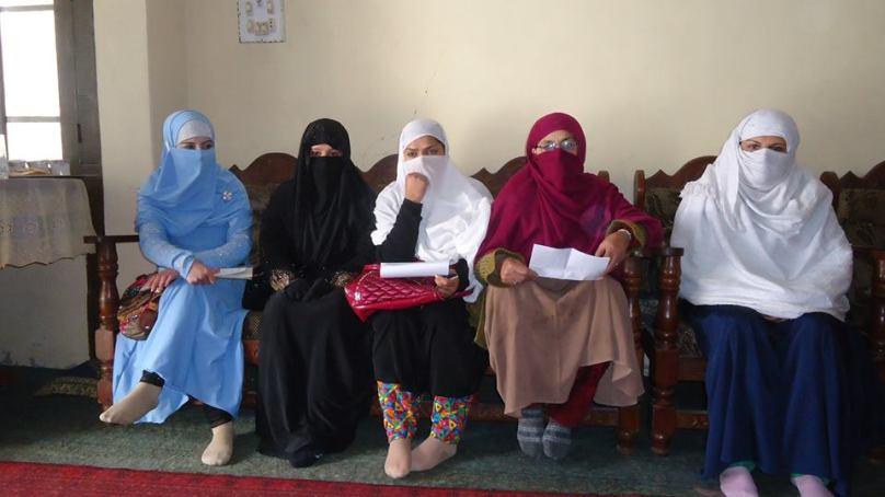 چترال ضلعی اسمبلی کا اجلاس ،خواتین ممبران کا اجلاس کا بائیکاٹ