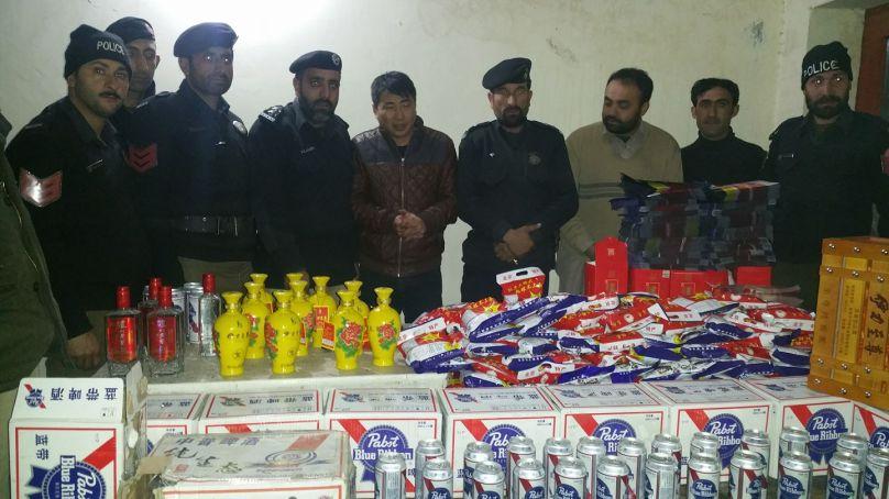 سپیشل فورس کی کاروائی، گلگت میں مقیم چینی شہری سے بھاری مقدار میں غیر قانونی شراب برآمد