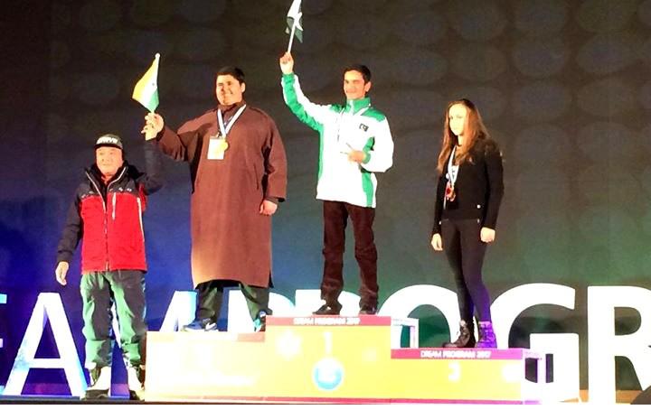 بین الاقوامی سکی مقابلے میں گلگت بلتستان کے سپوت نے بھارتی کھلاڑی کو ہرا کر سبز ہلالی پرچم لہرا دیا