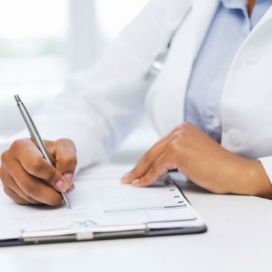 گلگت بلتستان کے ڈاکٹرز اب بھی پیکیج سے محروم