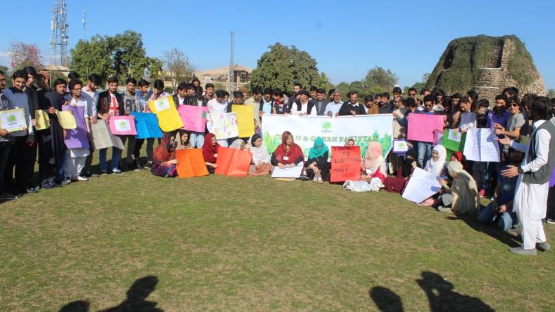 چترال ہیری ٹیج اینڈ انوائرمنٹل پروٹیکشن سوسائٹی کی جانب سے پشاور میں صفائی مہم منعقد ہوا