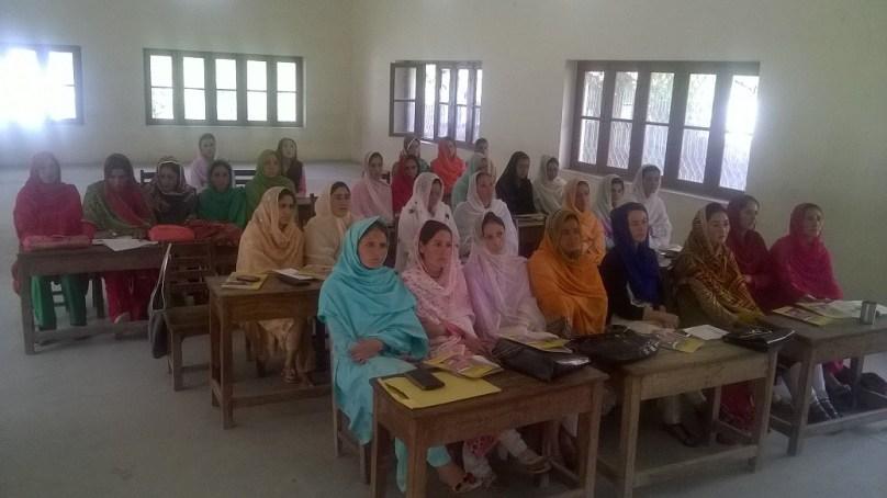 این سی ایچ ڈی کے زیرِ اہتمام تحصیل اشکومن میں تعلیم بالغاں برائے خواتین ورکشاپ کا آغاز