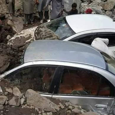 ضلع دیامر کے مختلف علاقوں میں موسلادھار بارشوں  نے تباہی پھیلا دی، ایک شخص جان بحق، دوسرا لاپتہ ہوگیا