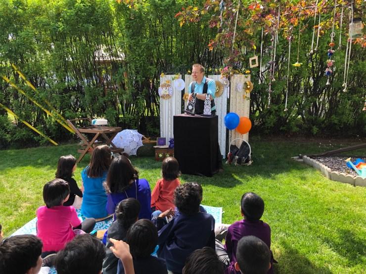 Planning a party for children Trixtan magic show