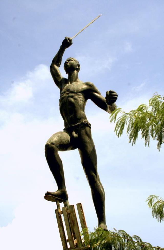 паметник банани Бетанкур