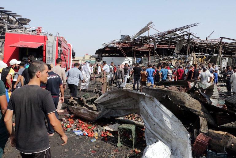 """Разрухата на пазар """"Джамийла"""" в населения предимно с шиити кв. """"Садр Сити"""", Багдад ©EPA/БГНЕС"""