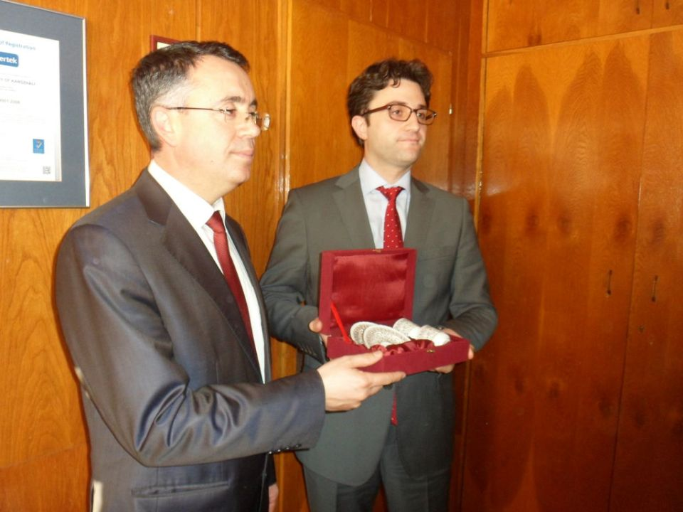 Кметът на Кърджали Хасан Азис и турския консул в Пловдив Алпер Акташ  ©БГНЕС