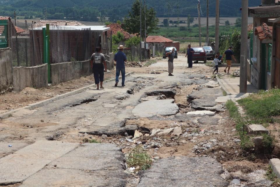 Улиците на Розино след наводнението. Снимка: БГНЕС