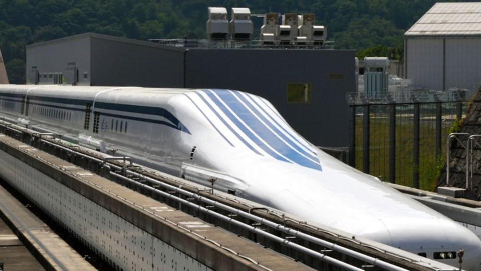 влакове Япония