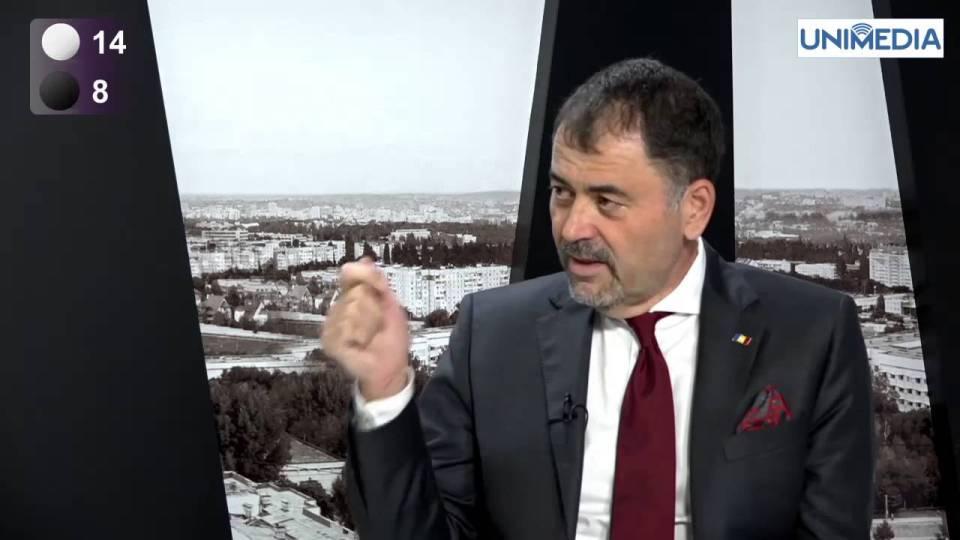 Анатолий Шалару