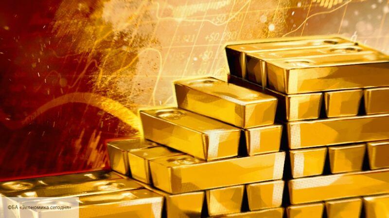 Экс-советник ЦРУ Рикардс назвал опасную для США цену на золото
