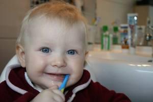 La Odontopediatría la salud bucodental de niños y adolescentes