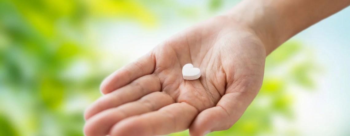 der beitrag berichtet über bio vegane vitamin b12 kautabletten aus queckenwurzel-, sanddorn und orangepulver und Orangenöl