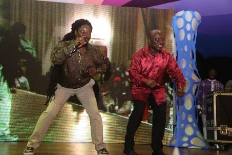 Dr Emmanuel Uduaghan (right) dancing galala with Daddy Showkey