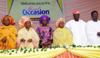 L-R: Alhaja Fatima Oyefeso, rep of Deputy Governor of Lagos State, Dr. Oluranti Adebule; Olori Muibat Oyefusi; Mrs Bolanle Ambode, wife of the Governor of Lagos State; Hajia Bintu-Fatima Tinubu, President, Fatima Charity Foundation; Alhaji Lookman Olanrewaju Animashaun; and Dr. Abdul Hakeem Abdul-Lateef, Commissioner for Home Affairs, during the *Prayer for the Nation 2016, *organized by the Foundation, at the Muson Centre, Onikan, Lagos.