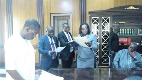 Okowa Swears In Daboner As Uvwie-Council Boss