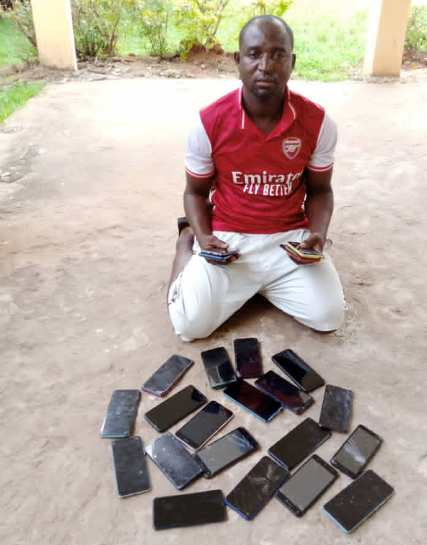Two Men Arrested With 44 Suspected Stolen Exotic Phones In Delta State