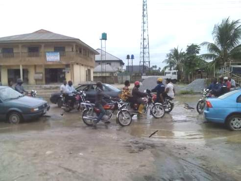 Residents Cry Out Over Deplorable Roads In Ughelli, Send SOS To Okowa