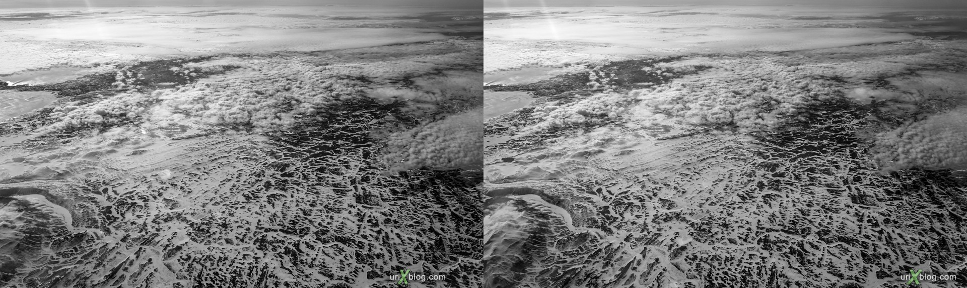 2013, Iceland, mountains, panorama, airplane, black and white, bw, snow, ice, clouds, horizon, 3D, stereo pair, cross-eyed, crossview, cross view stereo pair, stereoscopic