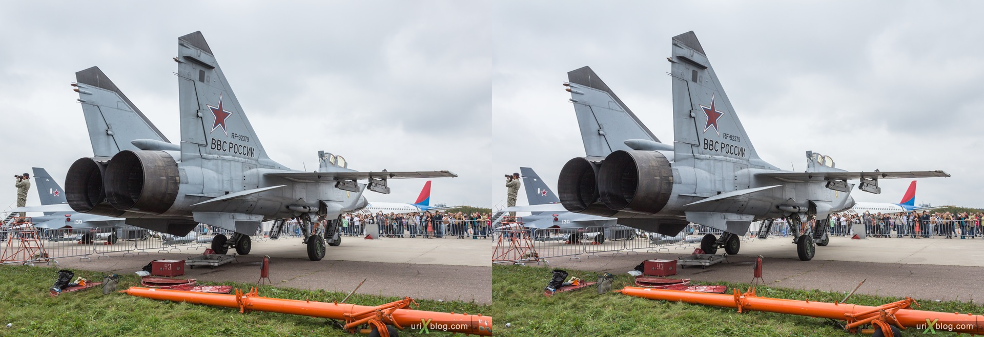 2013, MiG-31BM, MAKS, International Aviation and Space Salon, Russia, Soviet, USSR, Ramenskoye airfield, airplane, 3D, stereo pair, cross-eyed, crossview, cross view stereo pair, stereoscopic