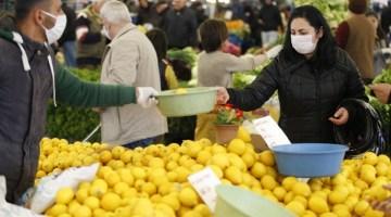 İzmirdeki Pazar Yerlerinde Korona Önlemi