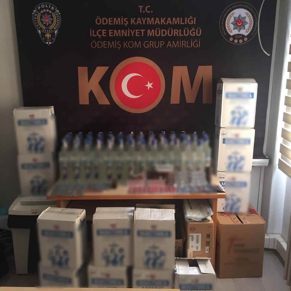 İzmirde Kaçak İçki Ve Cinsel İçerikli Hap Operasyonu