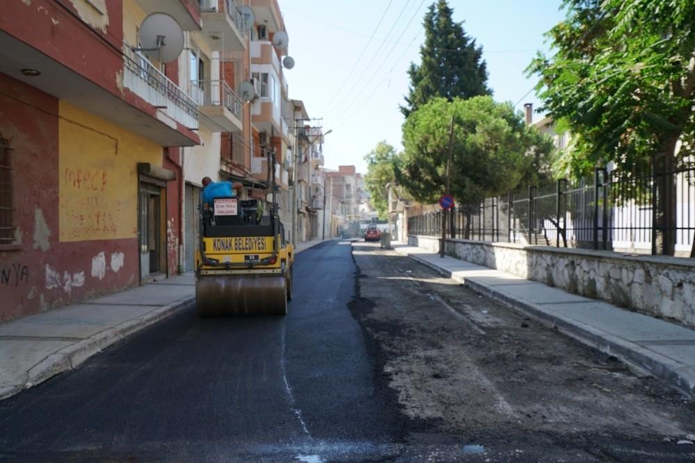 Konakın Sokaklarına 7 Ayda 3 Bin 800 Ton Asfalt
