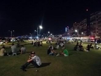 Tüm Uyarılara Ve İkazlara Rağmen İzmir Kordondaki Yoğunluk Korkuttu