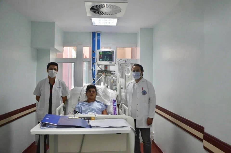 Elektrik Akımına Kapılan Genç Doktorların Çabası İle Ölümden Döndü