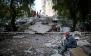 İzmir Depreminde Arama Kurtarma Personeli Gözyaşlarını Tutamadı