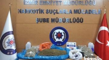 İzmirde Uyuşturucu Operasyonu: 15 Kilo Bonzai Ele Geçirildi