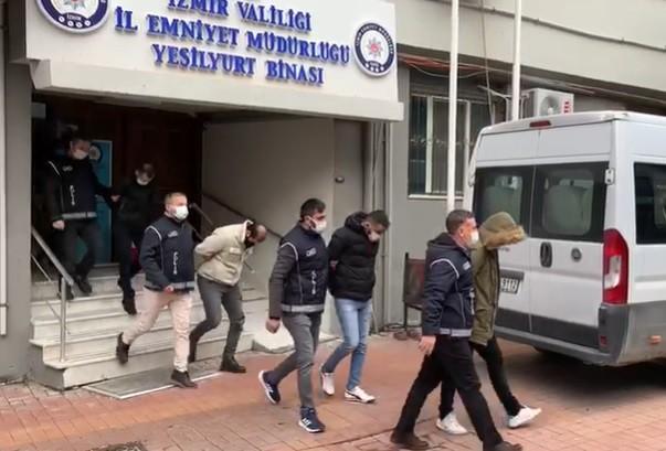 İzmir'de Yabancı Uyruklu Kadınları Fuhuşa Zorlayan 6 Zanlı Tutuklandı
