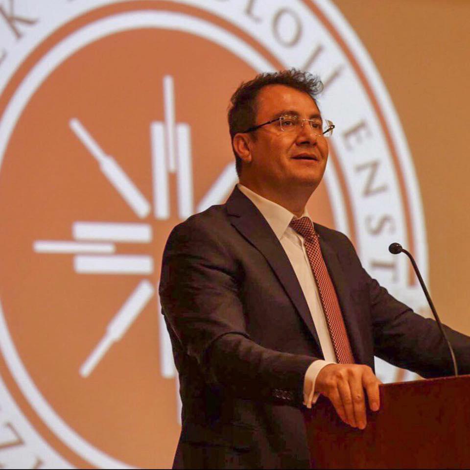 İzmir Yüksek Teknoloji Enstitüsü Rektörü Yusuf Baran Gazeteciler Gününü Kutladı.