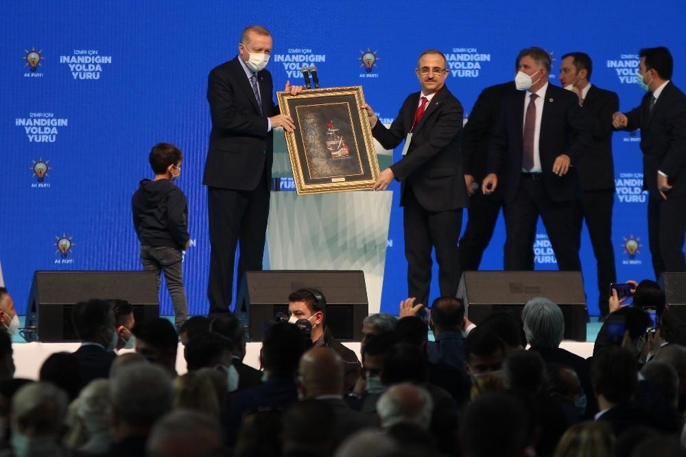 Cumhurbaşkanı Erdoğan İzmir Kongresinde Konuştu
