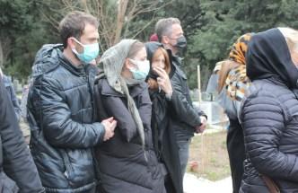 Eski Futbolcu Erhan Önal Son Yolculuğuna Uğurlandı