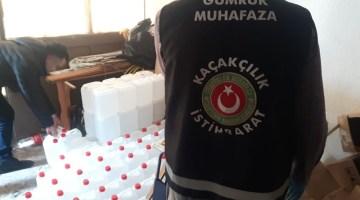 İzmir'de Sahte Etil Alkol Operasyonu: 2 Bin Litre Ele Geçirildi