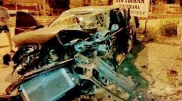 Kazada 2 ' si ağır dört kişi yaralandı