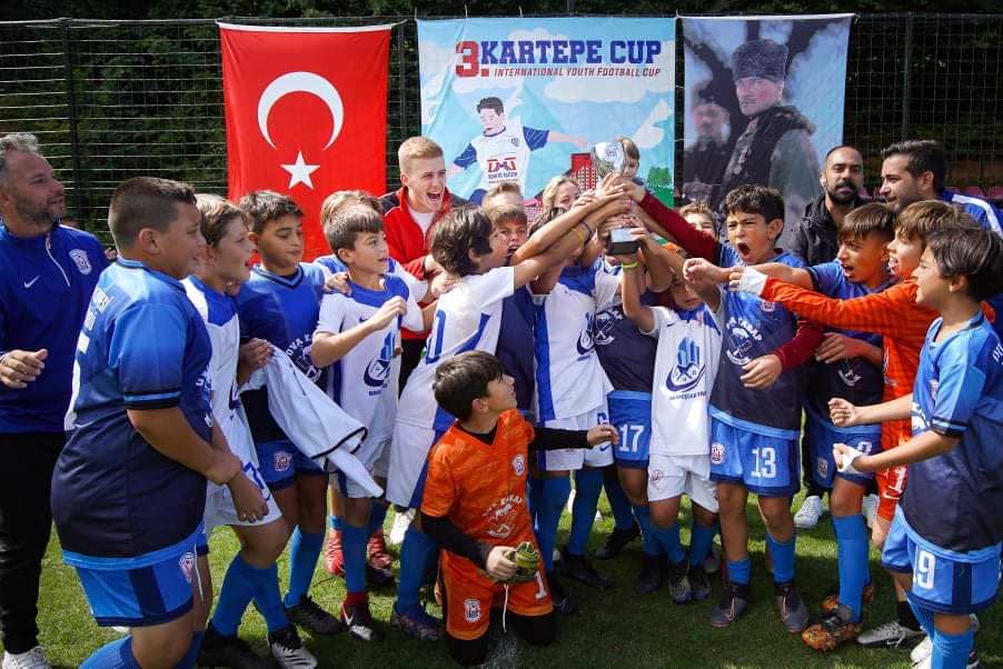 Urla Belediyesi Spor Kulübü Futbol Takımları Başarıdan Başarıya koşuyor
