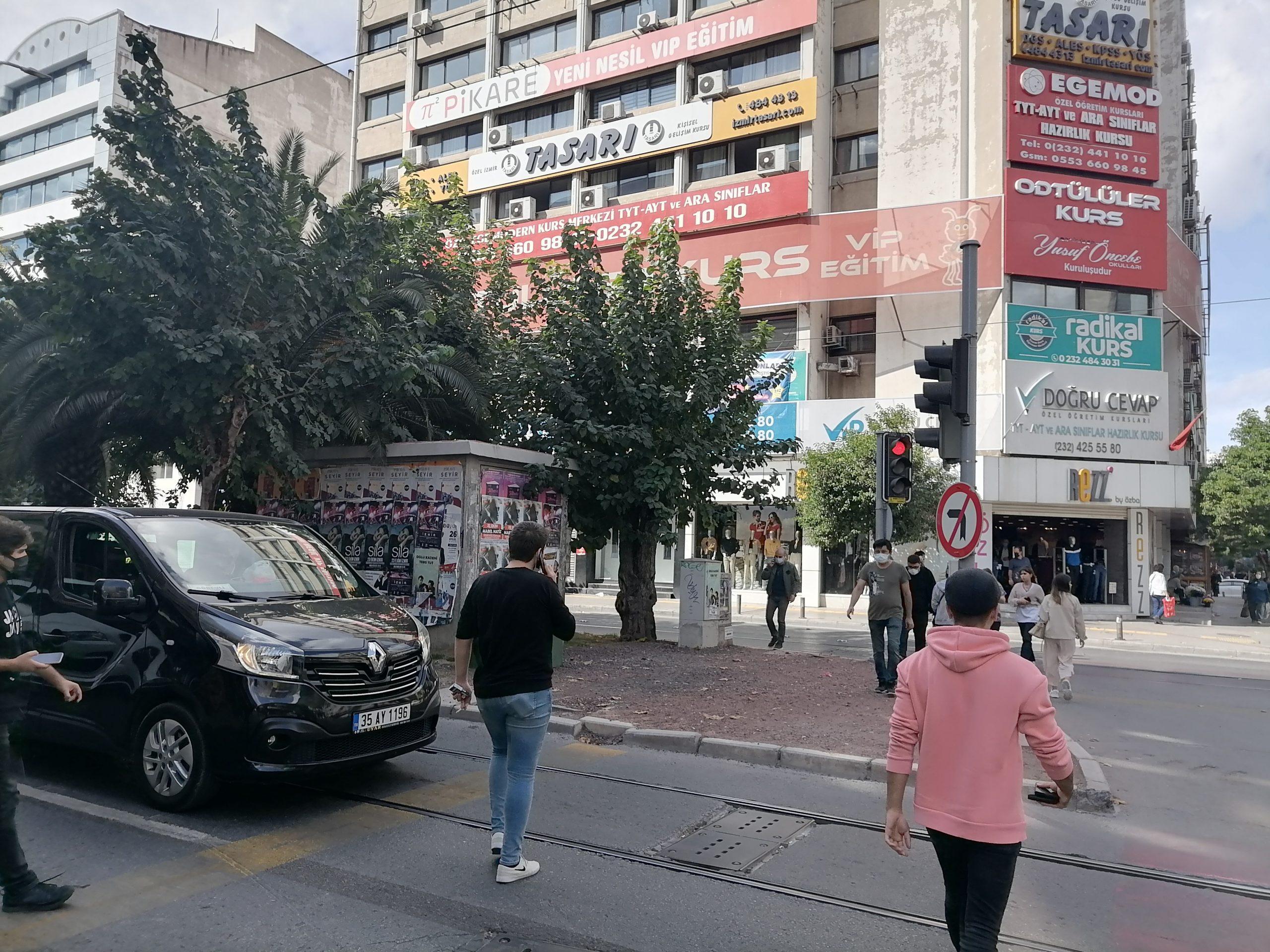 Yunanistan'daki deprem İzmir'de hissedildi