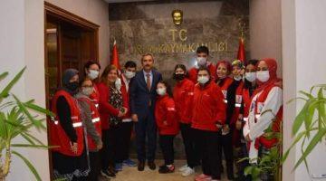 Dayanç, Türk Kızılay'ı ve engelli çocukları makamında ağırladı