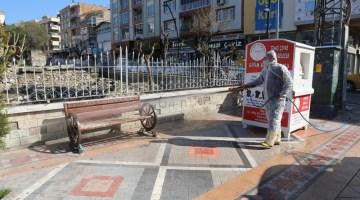 Akhisar Belediyesi Salgın Hastalıklara Karşı Sokakları Yıkıyor