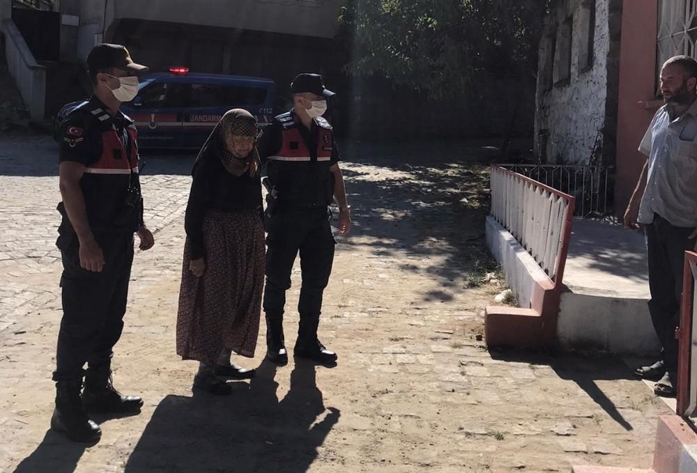 İzmirde Kayıp Yaşlı Kadın 2 Gün Sonra Bulundu