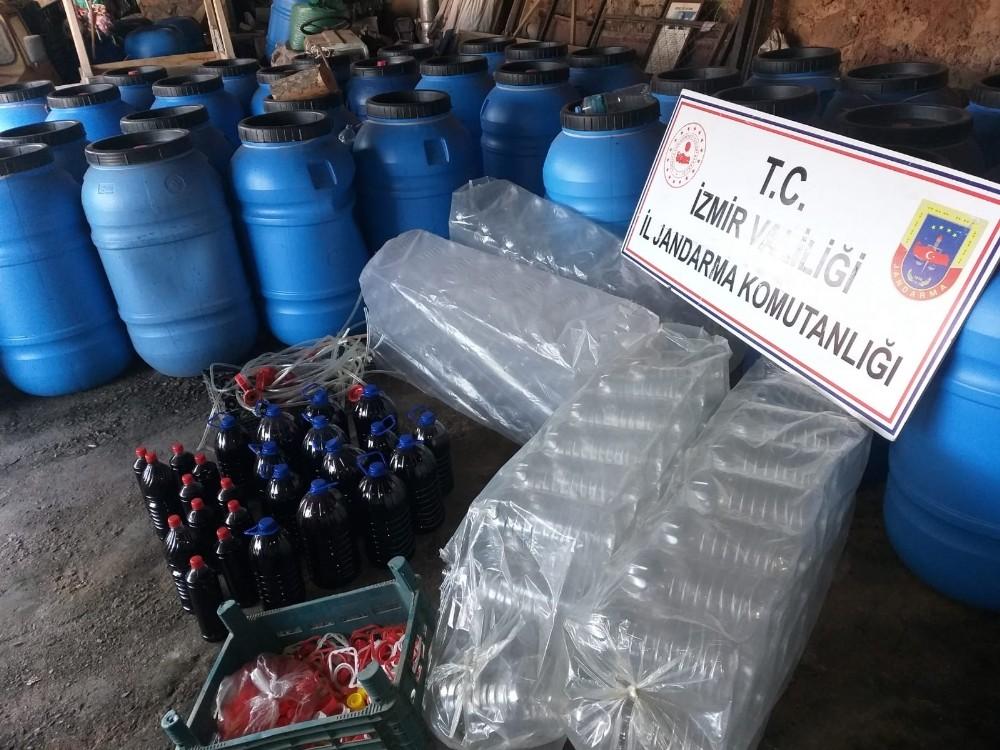 İzmirde 11 Bin 200 Litre Sahte İçki Ele Geçirildi