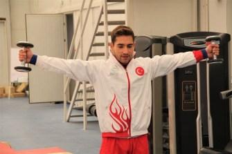 Şampiyon Cimnastikçi İbrahim Çolak, 2021 Olimpiyatlarına Tam Gaz Hazırlanıyor