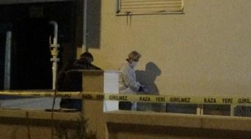 İzmirde 4. Kattan Düşen Kadın Hayatını Kaybetti