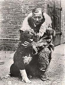 Gunnar Kaasen mit Balto; um 1925