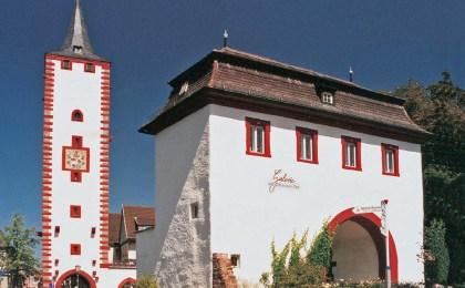 """Die Renovierung vor etwa 25 Jahren gab dem """"Katzenturm"""" die Farbfassung zurück, mit der er im 16. Jahrhundert bemalt worden war."""